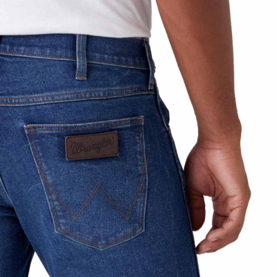 WRANGLER Greensboro Jeans Regular - Frost Bite (back pocket)